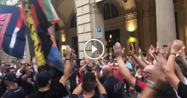 VIDEOS: Marko Arnautovic wird von Bologna-Fans empfangen